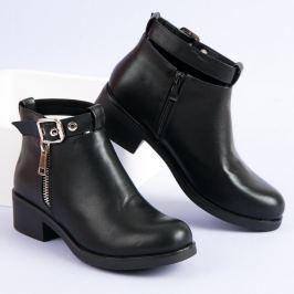 BOTY NA PLOCHÉM PODPATKU Dámská obuv